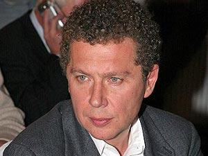 Российский бизнесмен Александр Мамут рассматривает различные варианты будущего HMV