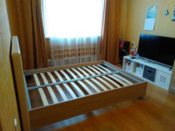 ТМ «Дешевая мебель» вручила кровать автору лучшего письма Деду Морозу