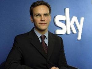 Сын Мердока пригрозил перенести бизнес News Corp. из Великобритании