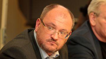 Петербургский депутат просит отменить «циничный» конкурс на рекламу в метро