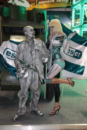 Живые куклы, живые статуи для  корпоративных мероприятий