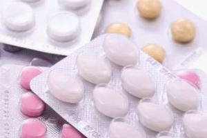 Украинские власти ввели ограничения на рекламу лекарств