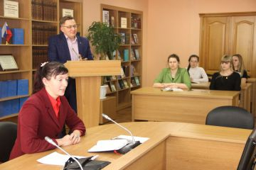 Практические занятия по выводу инновационных продуктов на рынок провели в «Клубе сумасшедших идей» АлтГУ