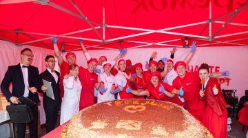 «Теремок» установит рекорд на Книжном Салоне и накормит горожан огромным тортом на Фестивале мороженого