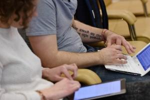 Интернет-маркетинг хотят дипломировать