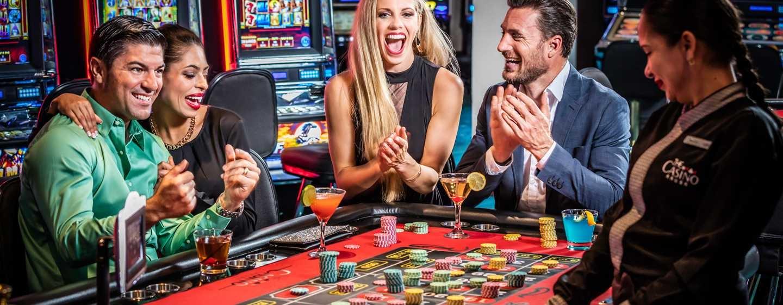 развод в казино joycasino