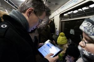 «Ростелеком» решил потратить на рекламу через сеть Wi-Fi московского метро почти 7 млн рублей