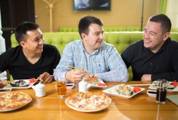 Доставка аппетитных блюд для жителей и гостей Казани от сети кафе-баров «Окинава»