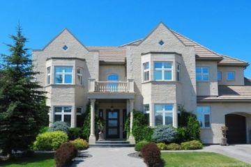 Объем предложения на первичном рынке элитной загородной недвижимости за год снизился на 26%