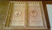 Изготовление сувениров и подарков из дерева. Игры нарды, шахматы с логотипом компании
