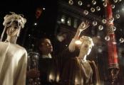 Алена Ахмадуллина создала покупательницам новогоднее настроение