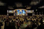 В минувшую субботу более 1000 человек приняли участие в торжественном вечере в Голливуде, посвященном 42-й годовщине Центра знам