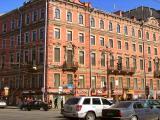 Дом где расположен отель