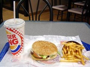 Рекламу Burger King запретили из-за слишком большого бургера