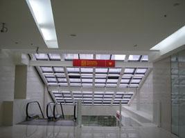 Компания «РеКол» установила две вывески для компании «Владимир Михайлов» в торговом центре «Миллер»