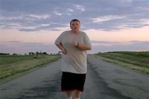 Страдающий ожирением мальчик разрекламировал Nike