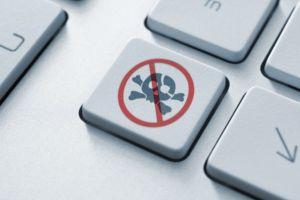 Владельцев сайтов могут обязать регистрироваться в качестве юрлиц
