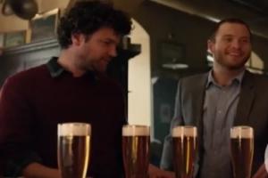 Amstel® объявляет о запуске новой кампании «С уважением к дружбе и пиву с 1870 года» в России