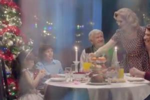 «М.Видео» создала новогоднюю историю про мужские подарки и семейные ценности