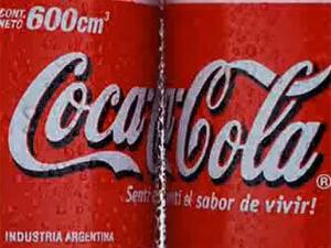 Coca-Cola в новой рекламе напомнила испанцам о коррупции