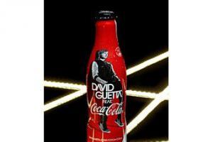 Coca-Cola поместила изображение Девида Гетте на этикетки своего напитка