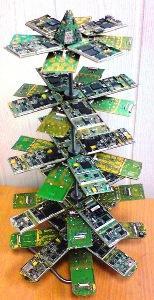 Первая в мире SWAP-елка от Goldphone.ru