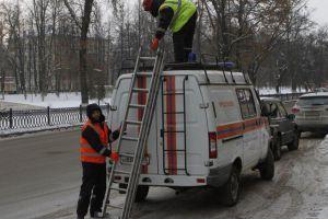 В Ярославле демонтировали более 1000 незаконных рекламных конструкций