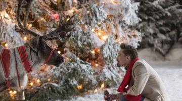 Дима Билан исполнил новогоднюю песню Coca-Cola