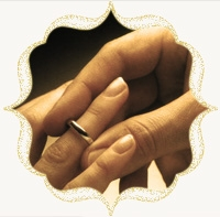 В Алмазном Доме молодожёнов ждёт сюрприз – обручальные кольца со скидкой!