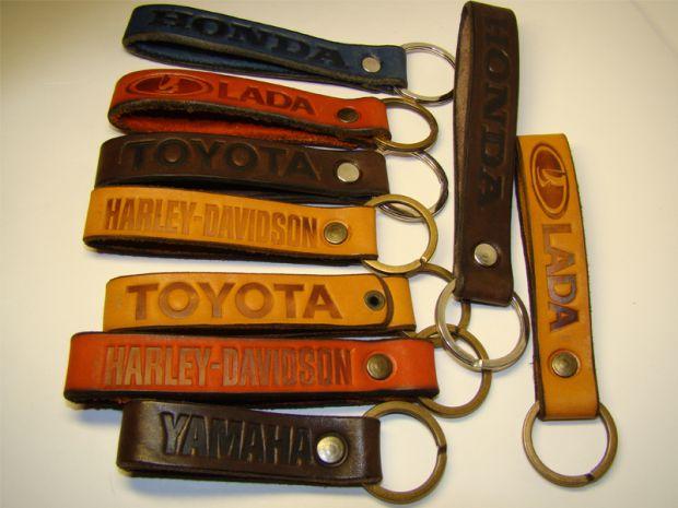 Брелки из кожи для ключей