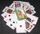 Бесплатное целофанирование коробки. При заказе сувенирных игральных карт. Только в апреле!