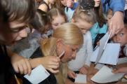 Тамерлан и Алена Омаргалиева в акции «Звезды против детской жестокости»
