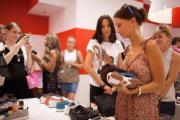 Новый магазин CAMPER в «Европейском» превратили в зал ожидания аэропорта