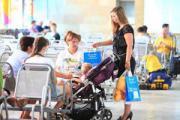 На Ленинградском вокзале прошла акция по поддержке кормящих мам