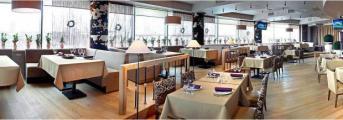 Раздвижные офисные перегородки в кафе «Рябина Бар»