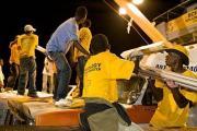 100 добровольных священников Церкви Саентологии из 22 стран доставляют 100 тонн гуманитарной помощи на Гаити