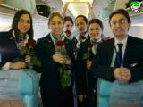 Всем женщинам в день 8 Марта авиакомпания «Турецкие Авиалинии» прямо на борту самолёта преподнесла цветы.